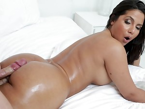 Busty Latina MILF babe Rose Monroe loves getting cum on her round ass