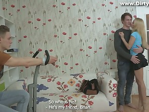 Russian phase Marina ties up the brush boyfriend and makes him cuckold
