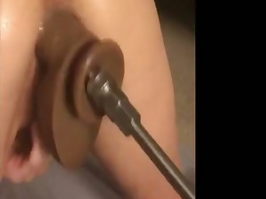 Have sex Machine Pussy Pounding And Squirt