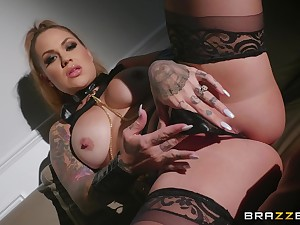 Wild together with horny Karmen Karma adores BDSM together with all sexy lesbian games